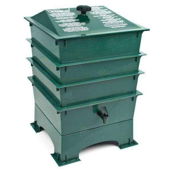 Vermicompostador verde 3 pisos en cocopot huerto urbano for Jardin vertical de fieltro en formato kit